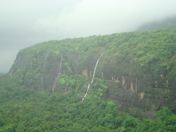 Awesome beauty of Ganpati Ghat